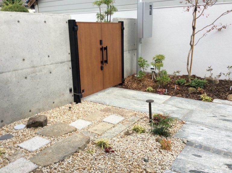 蔵の敷石2